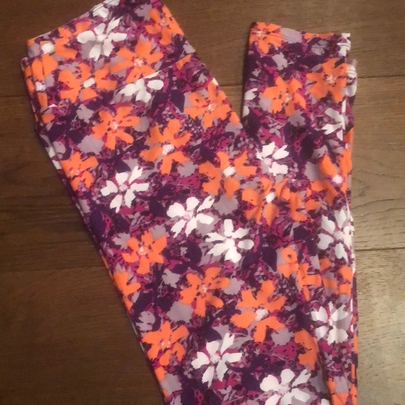 LuLaRoe Pants - Lularoe NWT OS Leggings